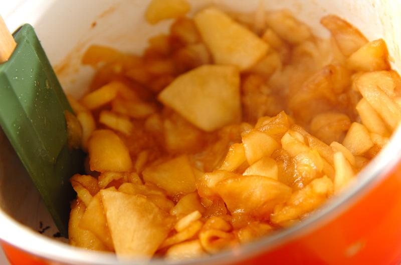 煮リンゴのビスケットサンドの作り方の手順2