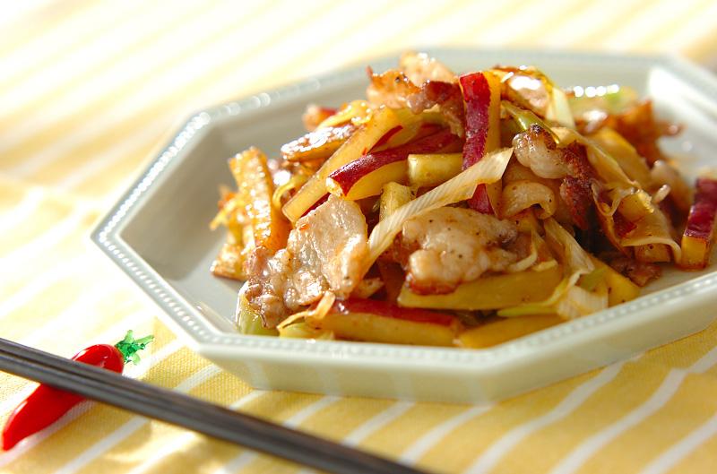 サツマイモと豚肉の中華炒めの作り方の手順