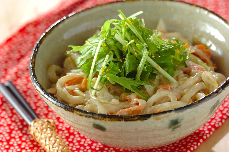 酒粕クリームうどん【E・レシピ】料理のプロが作る簡単レシピ/2013.01.07公開のレシピです。