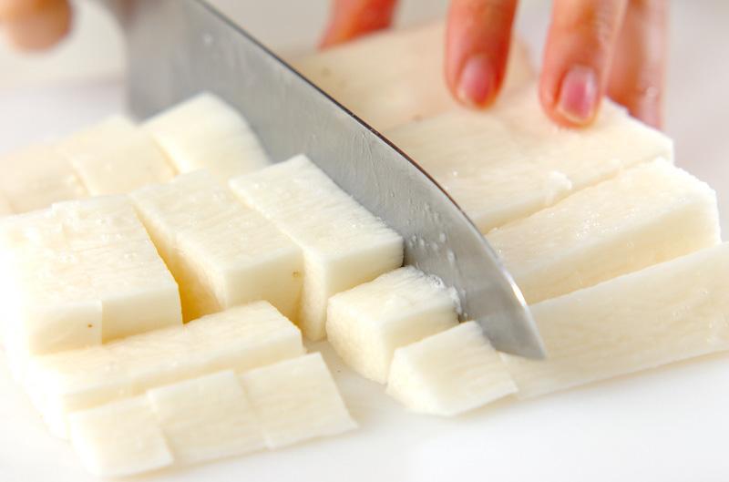 長芋のバターしょうゆ炒めの作り方の手順1