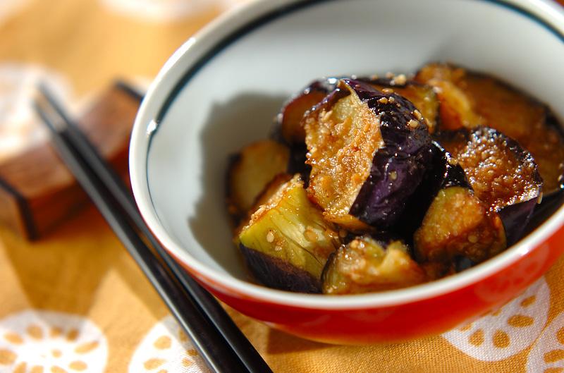 揚げナスのゴマ酢がけの作り方の手順