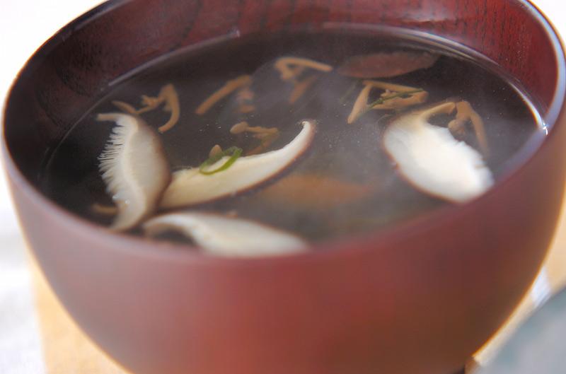 ジュンサイのお吸い物【E・レシピ】料理のプロが作る簡単レシピ/2007.07.23公開のレシピです。