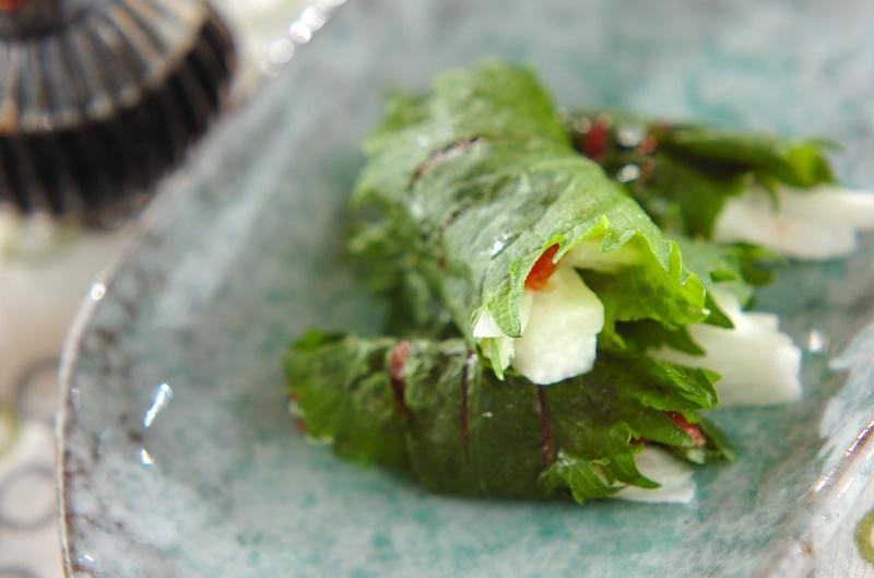 長芋の梅肉大葉巻きの作り方の手順