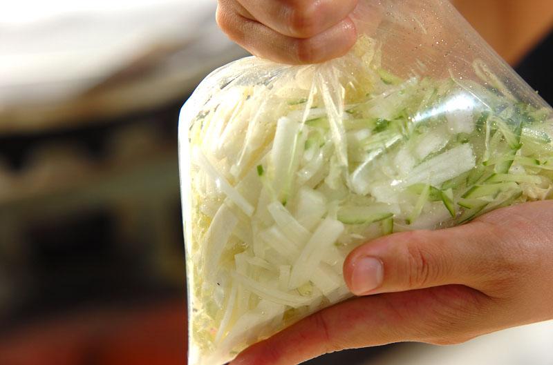白菜とカニカマの甘酢和えの作り方の手順5