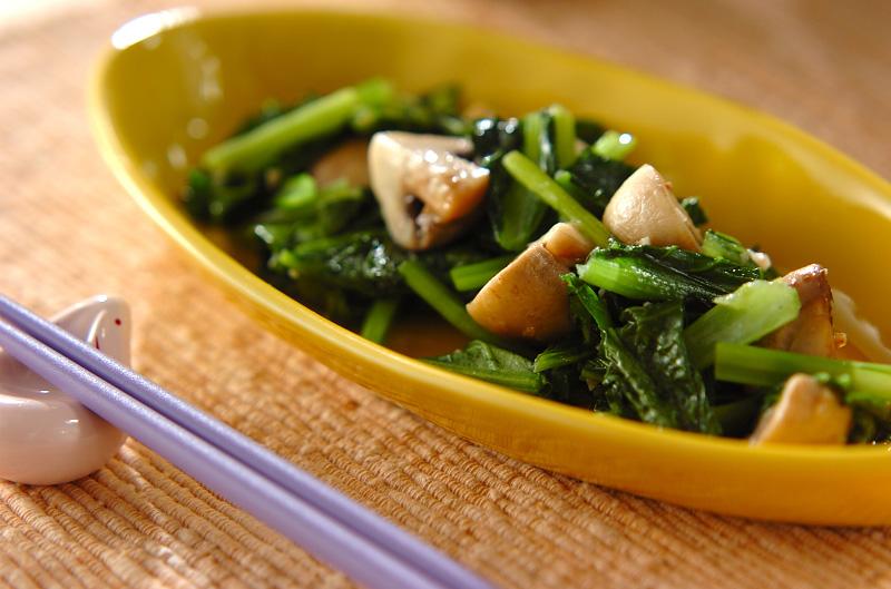小松菜のマッシュルーム炒めの作り方の手順