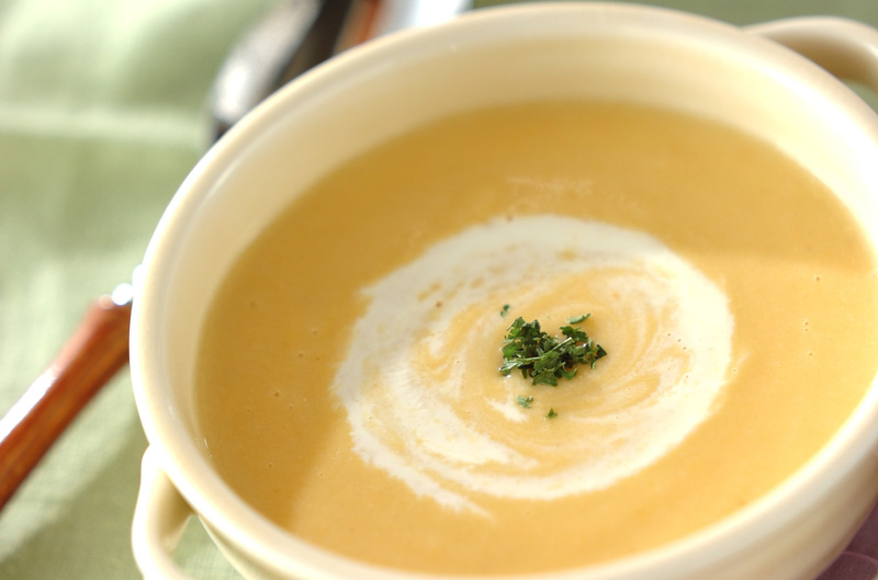 ビタミンたっぷりニンジンスープ