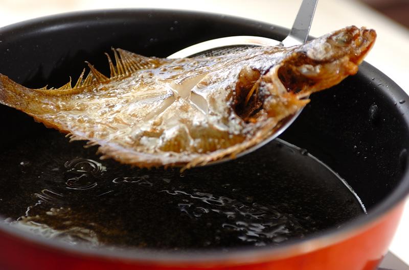 カレイのまるごと揚げの作り方1
