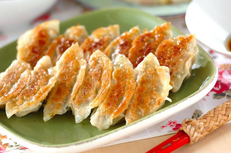 タケノコ入り焼き餃子