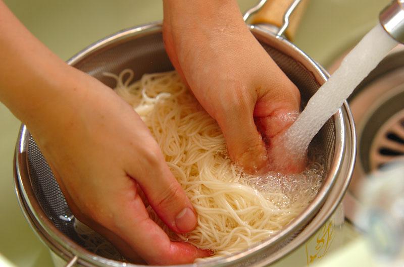 スタミナトマト素麺の作り方の手順3