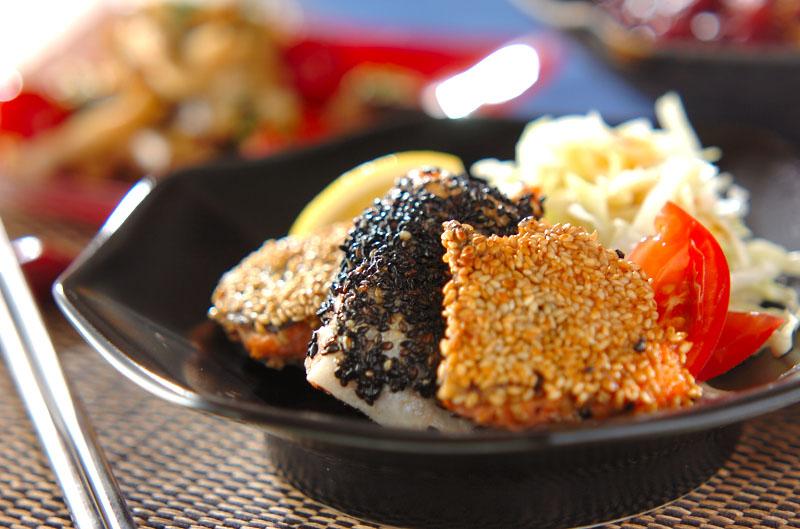 鮭のゴマまぶし焼きの作り方の手順