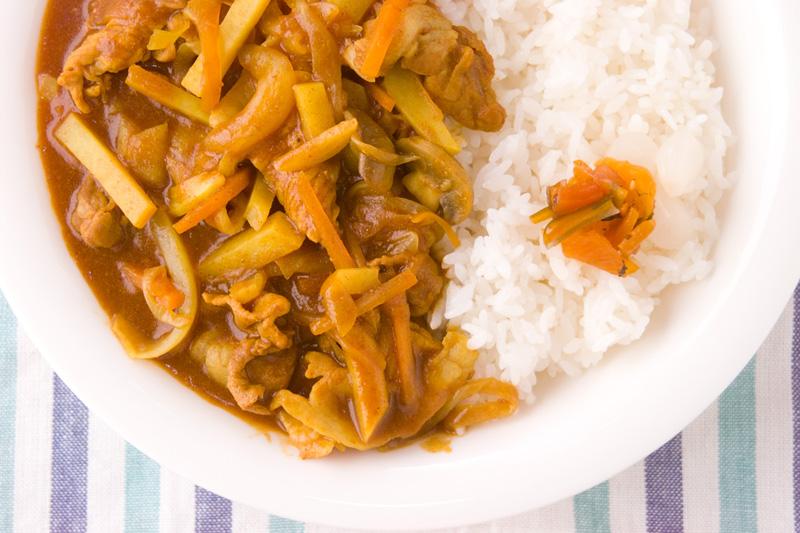 時短!ヒラヒラ野菜と薄切り豚肉のカレー