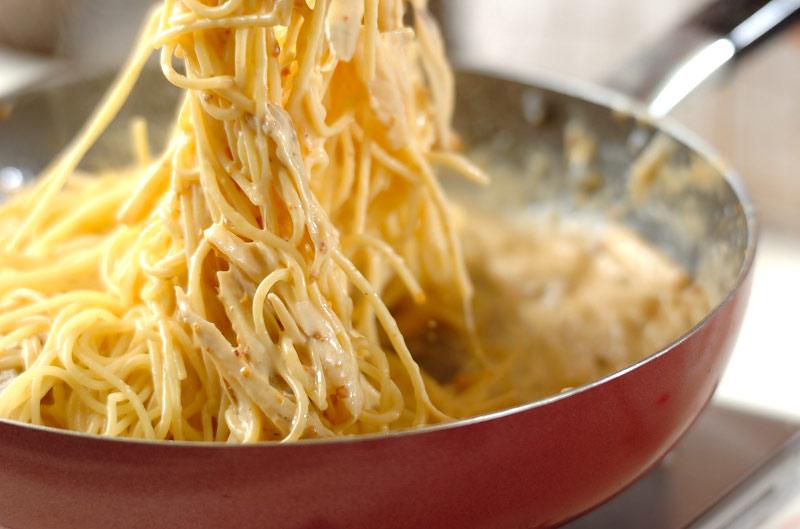 ウニの根菜クリームパスタの作り方の手順6
