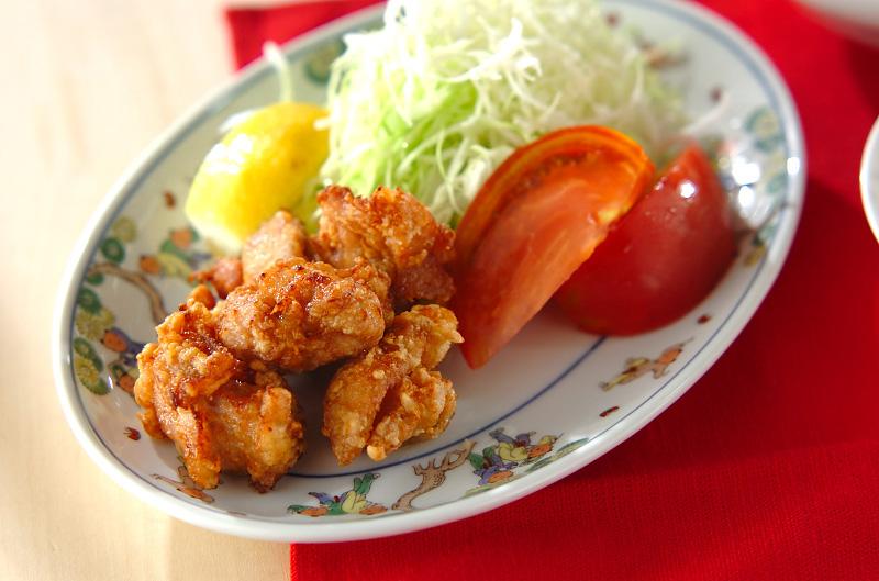 鶏の唐揚げ【E・レシピ】料理のプロが作る簡単レシピ/2010.08.02公開のレシピです。