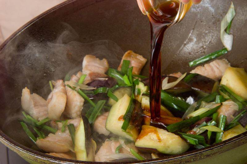 豚バラとナスのソテーの作り方の手順3