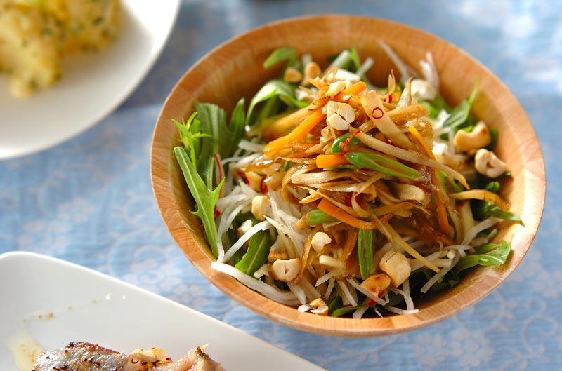 きんぴらゴボウと大根のサラダ