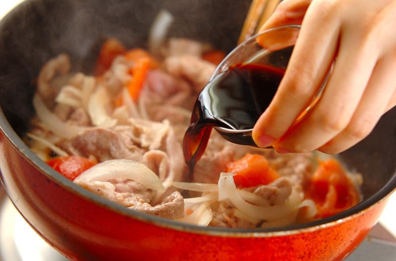 豚とトマトのバルサミコ炒め丼の作り方の手順2