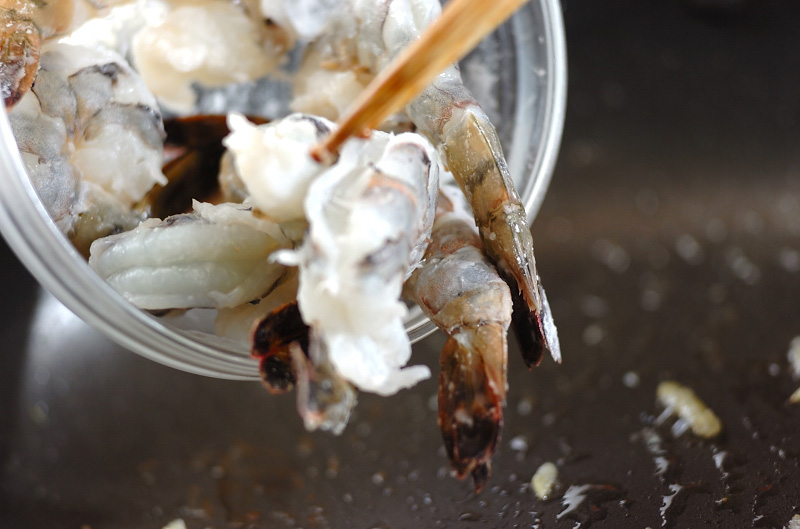 エビと豆腐のショウガ炒めの作り方の手順6
