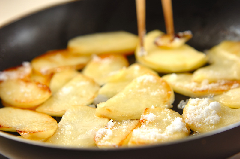 リンゴのホットサンドの作り方2