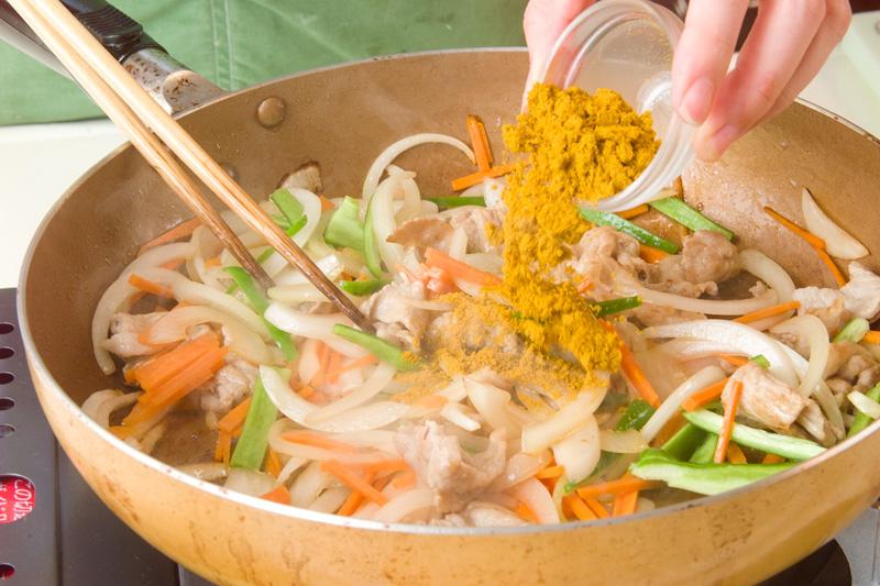 素麺のカレー炒めの作り方の手順2