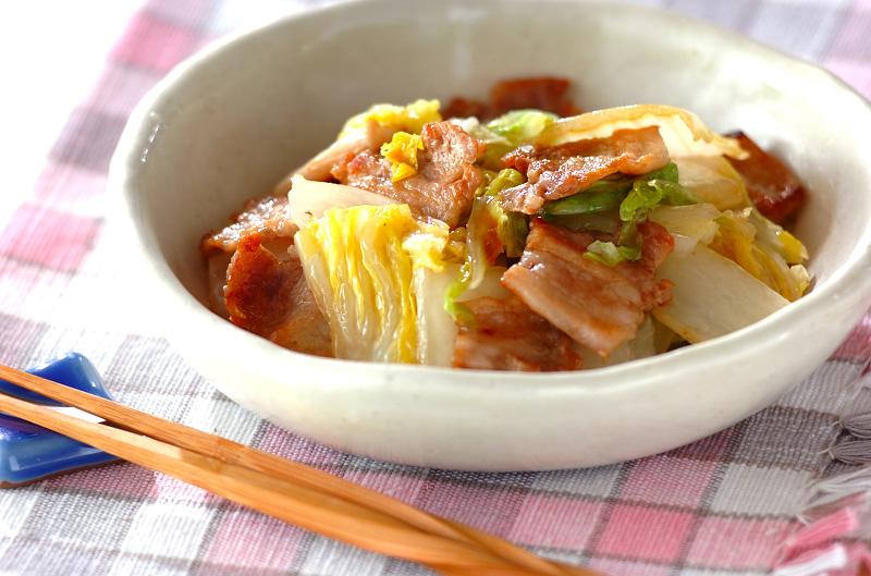 白菜と豚バラ肉の蒸し煮の作り方の手順