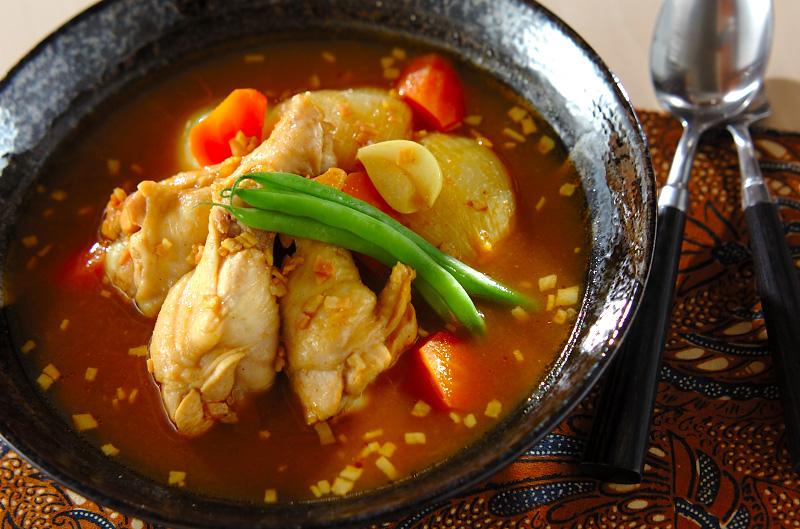 レンジ圧力鍋で野菜と手羽元のスープカレー