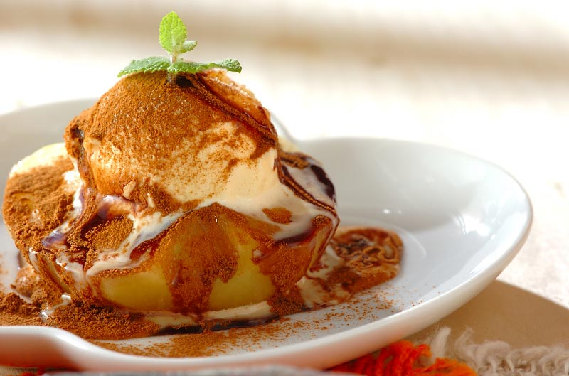 レンジリンゴのデザート【E・レシピ】料理のプロが作る簡単レシピ/2008.12.01公開のレシピです。