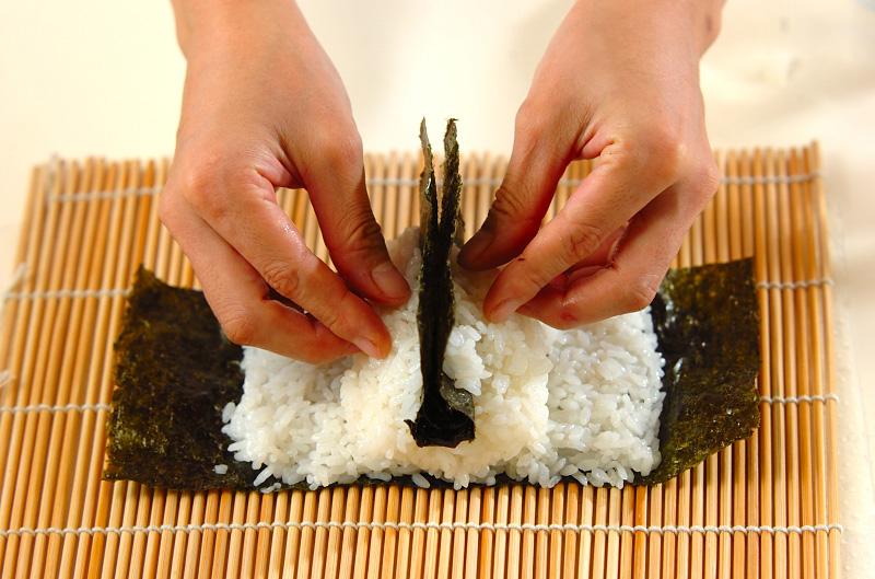 コアラちゃんデコ巻き寿司の作り方の手順8