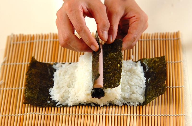 コアラちゃんデコ巻き寿司の作り方の手順10
