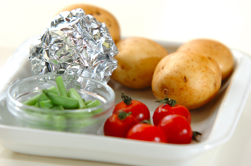 新ジャガイモのカラフルサラダの下準備2