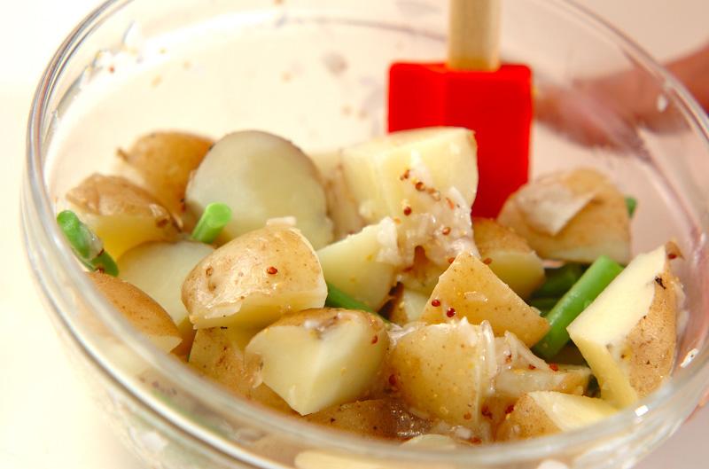 新ジャガイモのカラフルサラダの作り方4