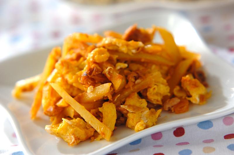 ジャガイモと卵のケチャップ炒め【E・レシピ】料理のプロが作る簡単レシピ/2009.12.07公開のレシピです。