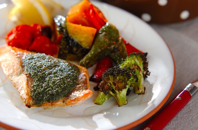 鮭のガーリックソテーの作り方の手順