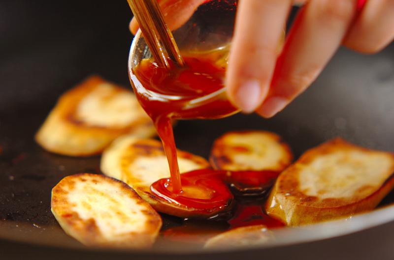 サツマイモの焼き肉タレ焼きの作り方の手順4