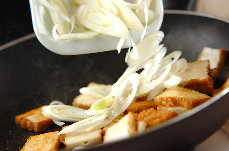 厚揚げのショウガ炒めの作り方の手順4
