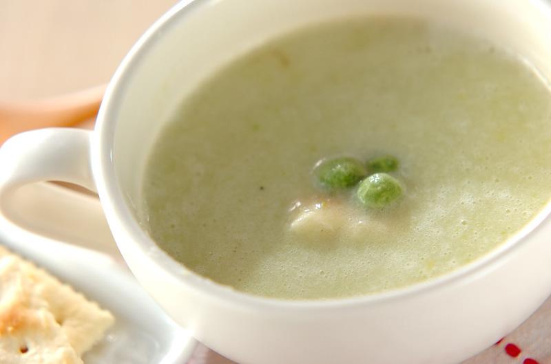 野菜のうまみを味わう!エンドウ豆のスープ