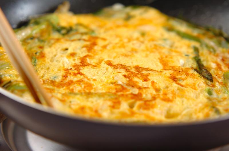 白ネギ、九条ネギの卵とじの作り方の手順3