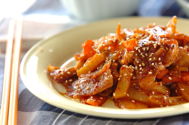 豚バラ肉とキムチの甘辛炒めの作り方の手順