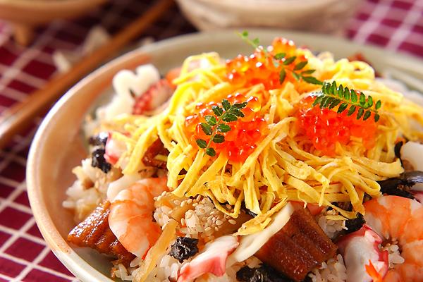 お祝い事に!具だくさんのちらし寿司の作り方の手順