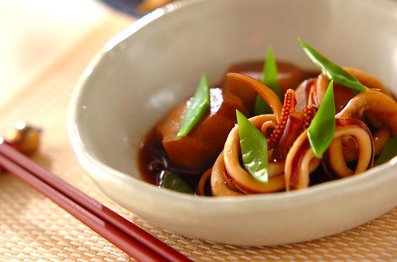 里芋とイカの煮物