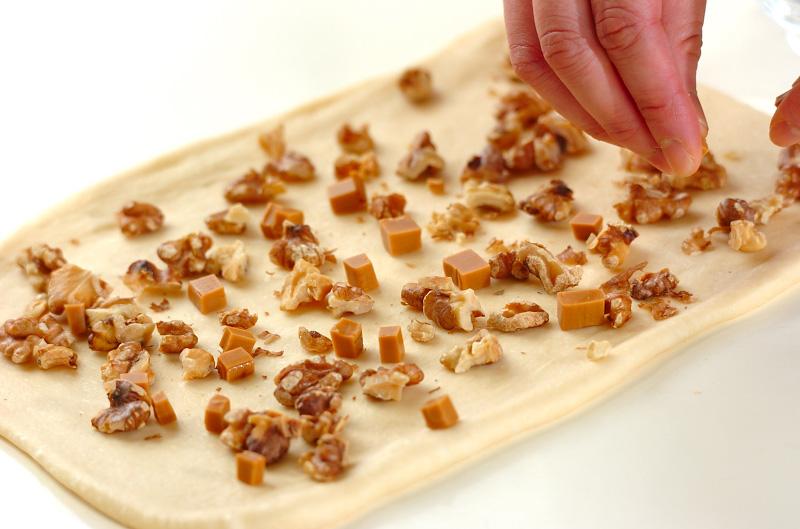 クルミとキャラメルのおやつパンの作り方の手順10