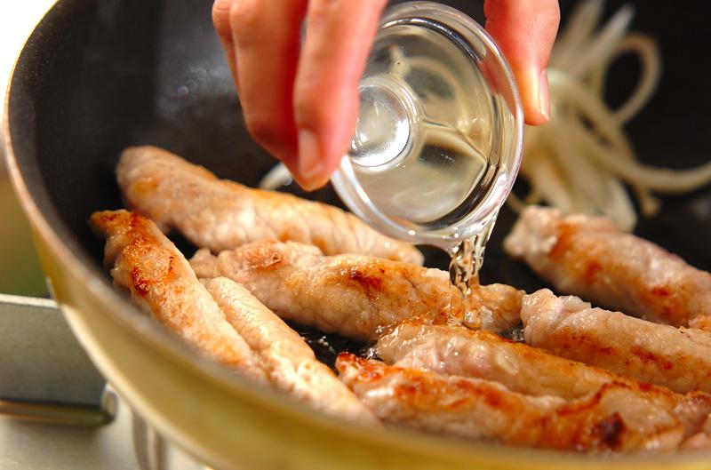 お餅と豚肉のショウガ焼きの作り方の手順6