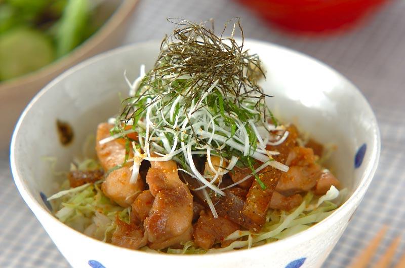 照り焼きチキン丼【E・レシピ】料理のプロが作る簡単レシピ