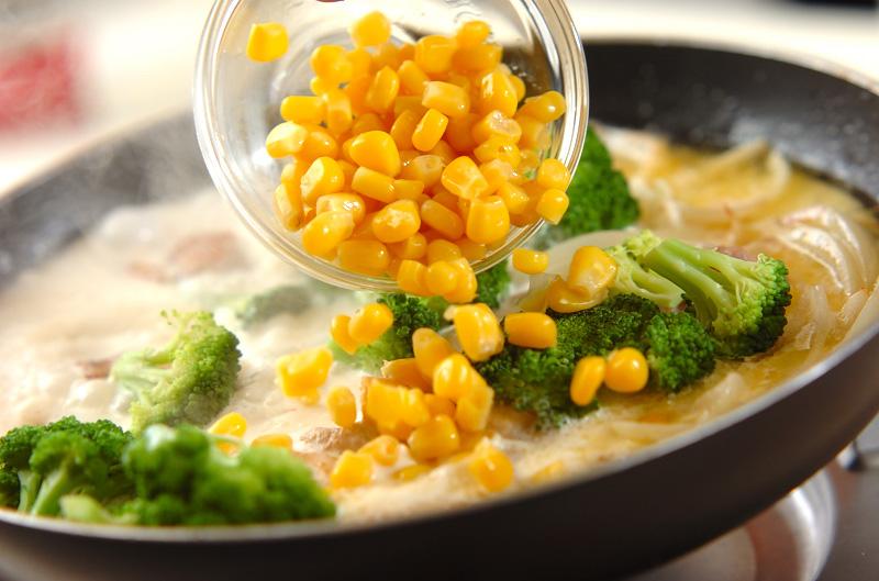 鶏とコーンのクリーム煮の作り方の手順6