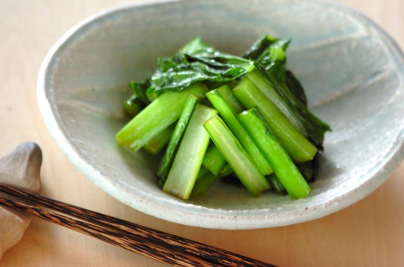 小松菜をおいしく賢く炒めるコツ!栄養を逃さずお弁当のおかずにも◎