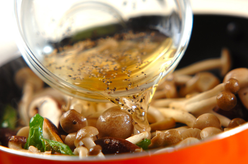 炒めキノコのマリネの作り方の手順5