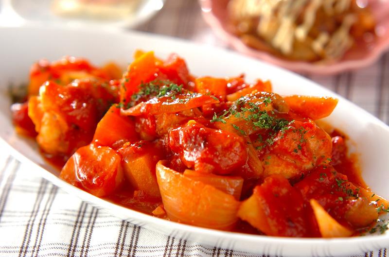 簡単!手羽元といろいろ野菜のトマト煮の作り方の手順
