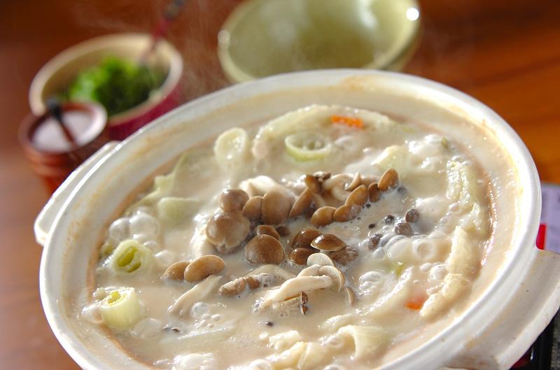キャベツと白菜の野菜酒粕鍋の作り方の手順