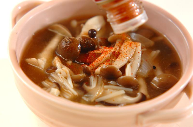 たっぷりキノコのスープの作り方の手順8