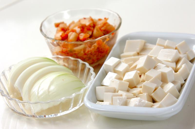 キムチスープの作り方の手順1