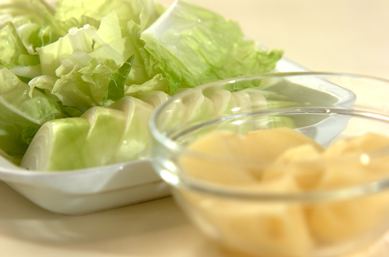 くったり白菜のミルク煮の下準備1